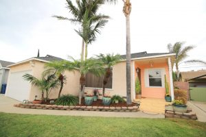 4449 Levelside Ave in Lakewood, CA